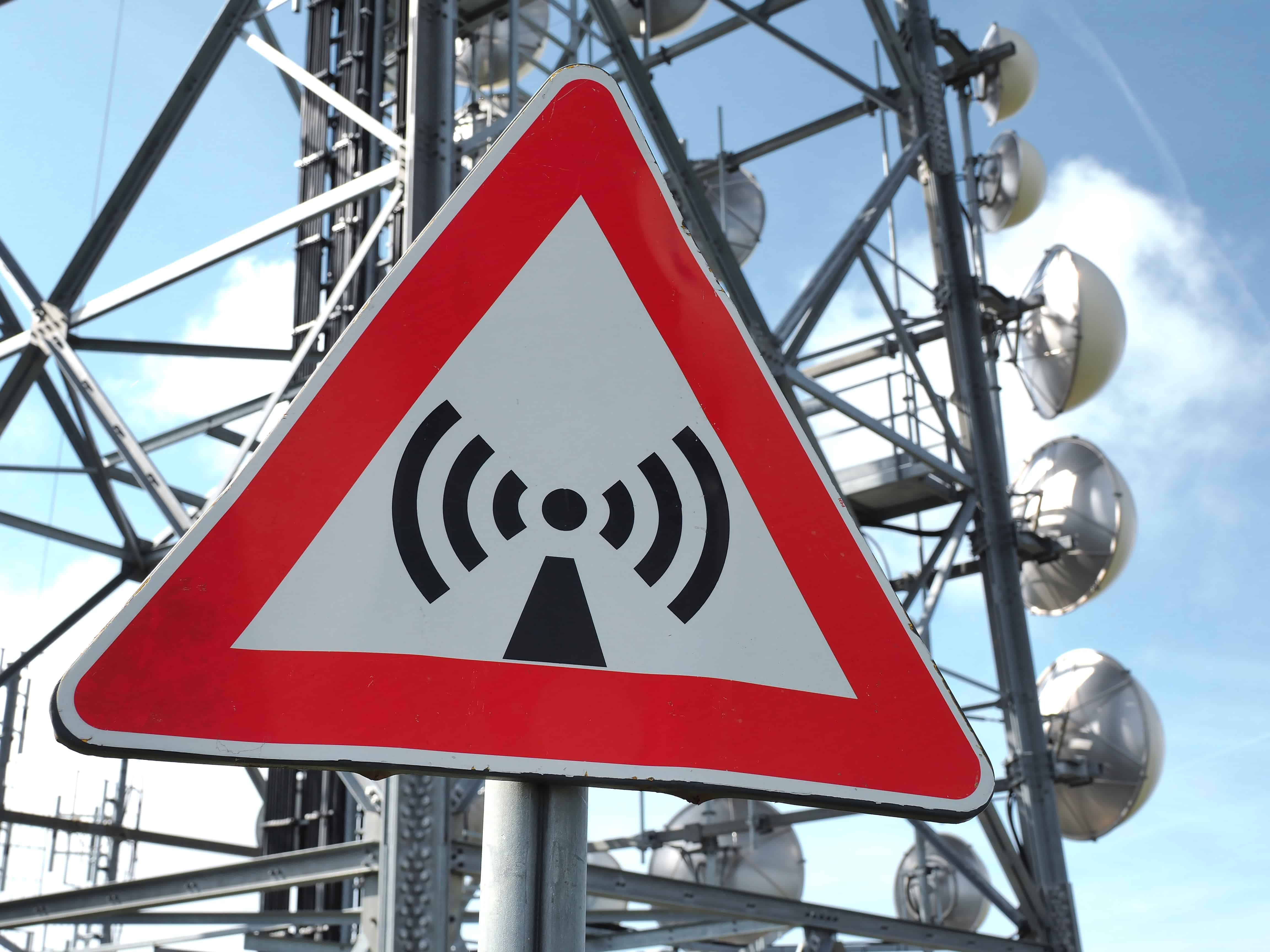 Does 5G cell towers cause cancer?